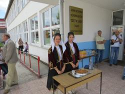 U Gacku bratski dočekana djeca sa Kosova