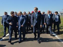 Путин отворио авиокосмичку изложбу