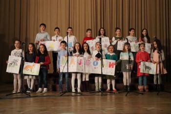 Poklon majkama i svim ženama: U Gacku održan koncert povodom 8. marta (FOTO)