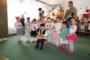 Gacko: Osmomartovska priredba u Dječijem vrtiću (FOTO)
