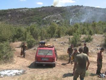 Aktivno još desetak požara: Vatra u bukovoj šumi na Viduši