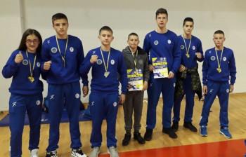 Pet mladih kik-boksera Veleža okitilo se titulom državnog prvaka