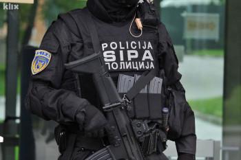 Akcija Rojal: Uhapšeno osam lica zbog krijumčarenja akciznih proizvoda