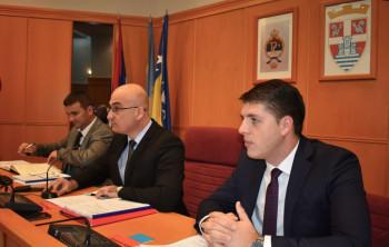 Ćurić: Osnažili veze sa institucijama Srpske i Srbije, pokrenuli značajne investicije i nove socijalne programe