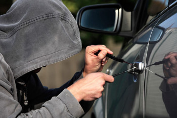 Migranti kradu automobile u Hercegovini
