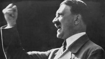 FBI objavio dosije: Hitler podmornicom pobjegao u Argentinu