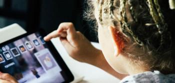 SZO izdao upozorenje: Evo koliko mališani mogu da provode vremena pred ekranom