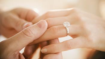 Sve zbog papira: Potpis na vjenčanom listu i do 30 hiljada evra