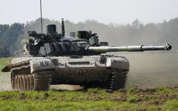 Ruski tenk i helikopteri stigli u Srbiju