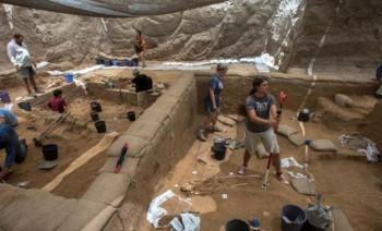 Migranti se predstavili kao arheolozi, pa oteli starca