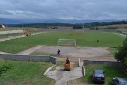 Nevesinje: Počelo uređenje gradskog stadiona