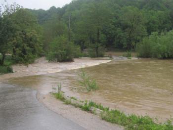 Kostajnica: Proglašene vanredne mjere odbrane od poplava