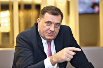 Dodik: Niko nije rekao da će biti rata; radi se o svečanosti