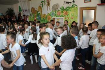 Nevesinje: Uz pjesmu i igru završen tromjesečni boravak predškolaca u vrtiću