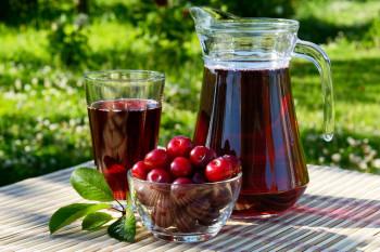 Čaša soka od višanja mijenja jednu tabletu