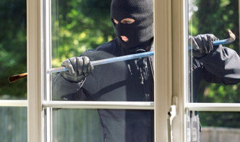 Krađa u Gacku: Pokušali da ukradu sef u marketu, pa se uplašili