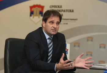 Govedarica povukao kandidaturu za predsjednika SDS u korist Šarovića