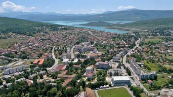 Nove donacije Srbije - Bileća dobila sanitetsko vozilo, Ljubinju 200.000 KM