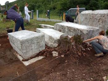 Arheolozi iz cijelog svijeta u Bileći istražuju nekropole stećaka