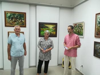 Bileća: Otvorena prva samostalna izložba slika Sanje Radmilović