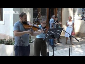 Ibijevo ćoše i ove godine na raspolaganju trebinjskoj publici (VIDEO)