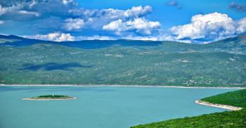 Забрана пловидбе на Билећком језеру због пливачког маратона
