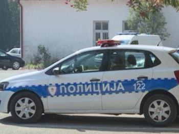Lopovi u Vinogradima ukrali novac i zlatni nakit