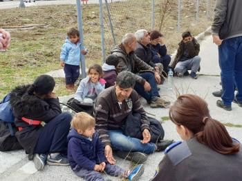 Црногорска полиција спријечила илегални улазак 300 миграната у БиХ