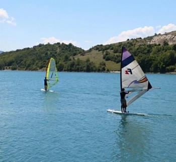 Djeca boravila u Kragujevcu na besplatnoj obuci jedrenja