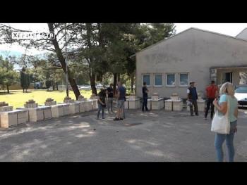 Trebinje: Pčelarima početnicima dodijeljeni pčelarski paketi (VIDEO)