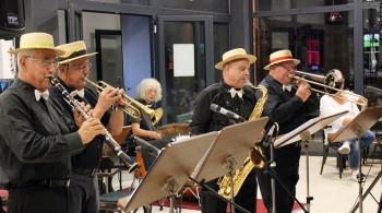 Ljubitelji klasičnog džeza uživali uz oktet iz Maribora