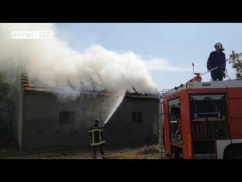 U požaru u selu Jasen izgorjela staja (VIDEO)