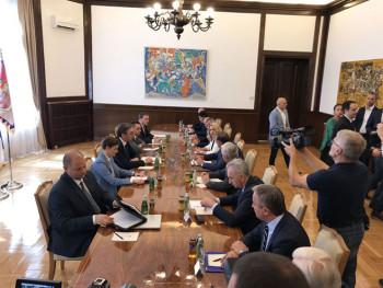 Zvaničnici Srpske sa liderima stranaka kod Vučića
