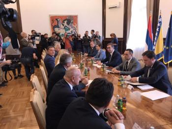 Dodik nakon sastanka poručio: Odbacujemo deklaraciju, Srpska je prioritet
