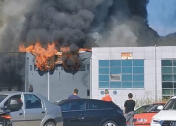 Mostar: Veliki požar na zgradi džudo kluba