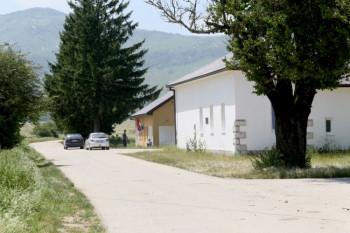 Istočni Mostar - jedina opština do koje se dolazi makadamom iz dva pravca