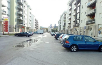 Kraj turističke sezone donosi niže cijene parkinga u Trebinju