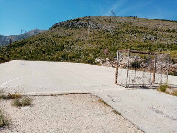 Banjevci dobijaju uređeno igralište
