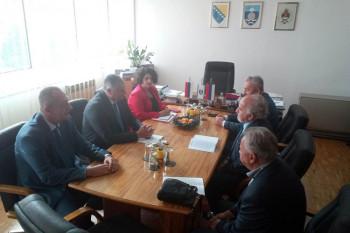 Višković: Što prije početi puteve ka Tjentištu i Šćepan polju