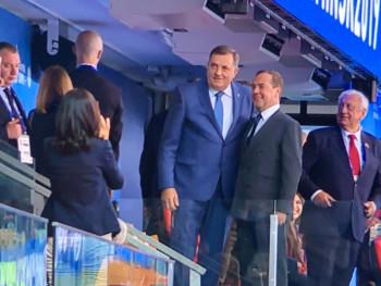 Медведев у Београду; Састанак и са Милорадом Додиком