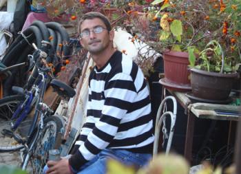Velibor Mrkajić (32) je poslije 13 godina ustao iz invalidskih kolica: Pobijedio sam bolest i tražim posao, neću da budem nikome na grbači