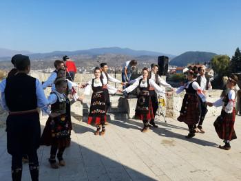Вишеград: Одржaнa мaнифeстaциja 'Осaм виjeкoвa Свeтoсaвљa'