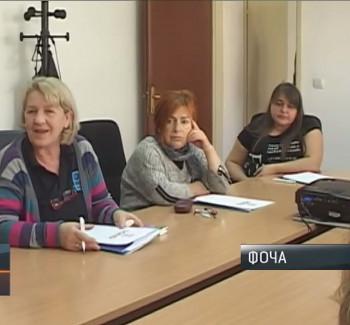Foča: USAID i opština obezbijedili posao za tri žene