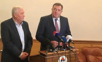 Počeo sastanak Dodika i Pavića