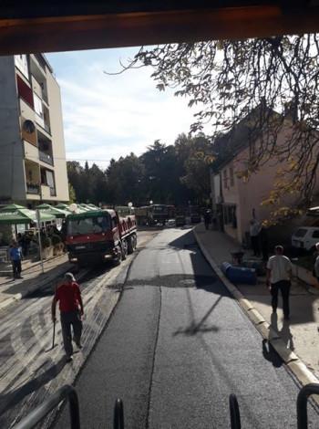 Foto vijest: Nastavak asfaltiranja ulice Obilićev vijenac u Bileći