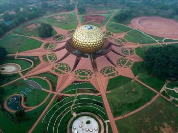 Aurovil: Utopijski grad u Indiji u kome nema novca, automobila i političara