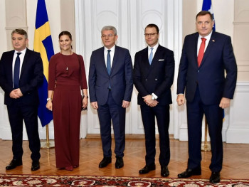 Članovi Predsjedništva BiH sa švedskom princezom i princom