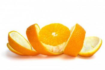 Ne bacajte koru narandže: Neutrališe mirise, osvježava prostor, a može da posluži i za čišćenje