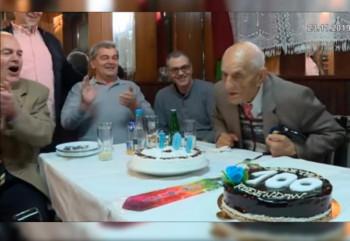 Mostarac proslavio 100. rođendan i još uvijek vozi automobil