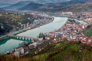 Вишеград: Ускоро постављање новог паркета у Спортској дворани